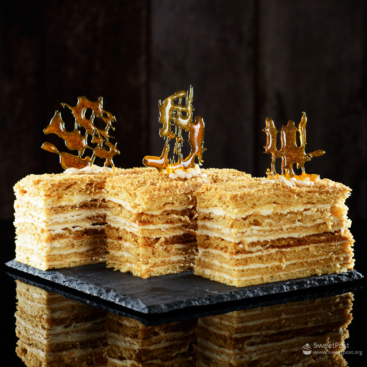 Small honey cake